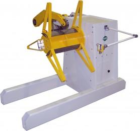 Abwickelhaspel TYP A-PMS 3000 mit Coil-Andrückrolle,Ultraschall-Bandschlaufensteuerung und hydraulischer Spreizung der Spannbacken
